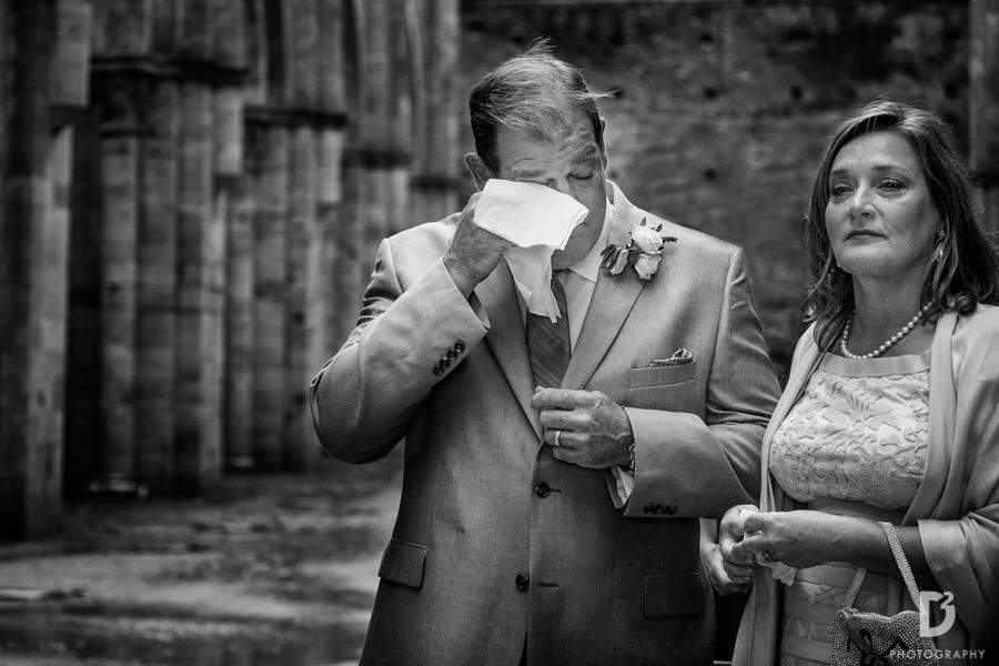 wedding-photographer-san-galgano-tuscany-19