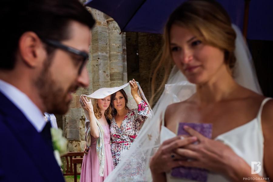 wedding-photographer-san-galgano-tuscany-25