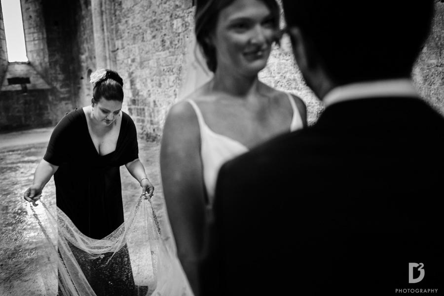 wedding-photographer-san-galgano-tuscany-29