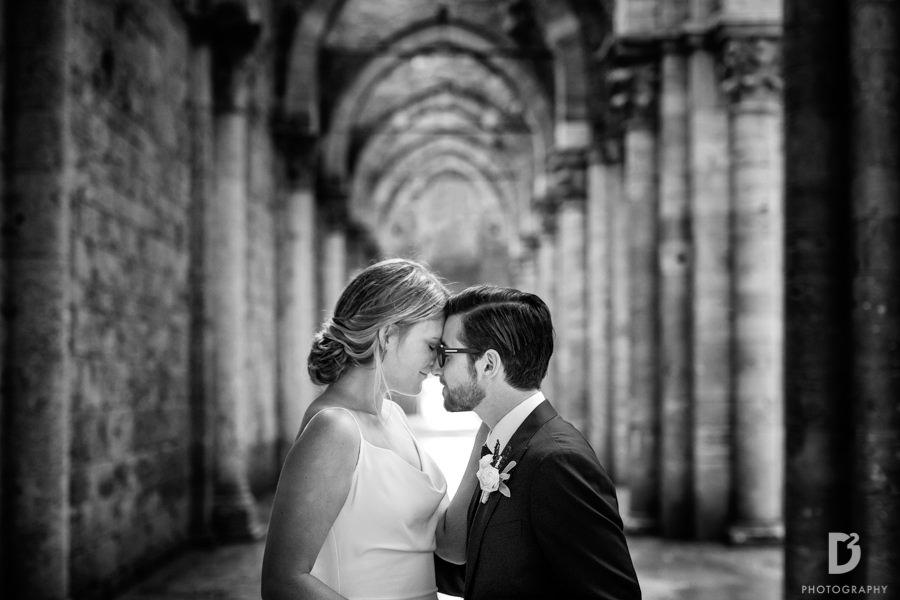 wedding-photographer-san-galgano-tuscany-31